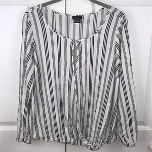 [Torrid] Stripe Open Front Top